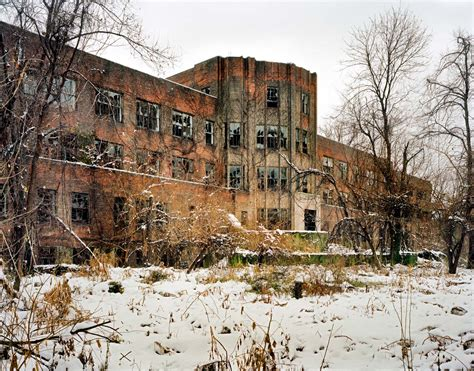 abandoned places  photograph   york city