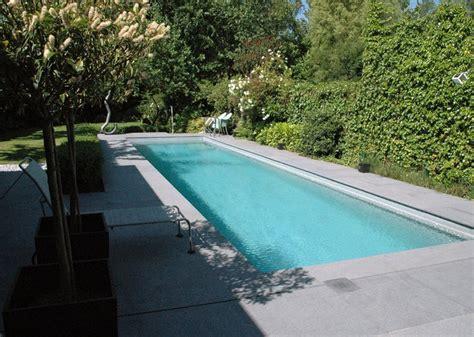 couloir de nage la piscine pour nager piscine jardin