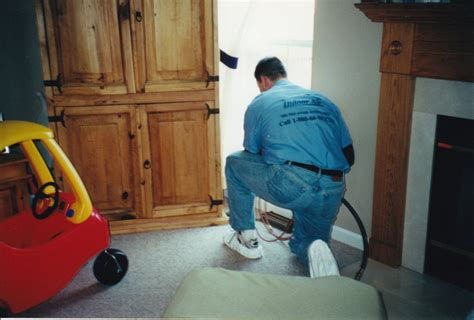 what is a floor technician duties cleaning floor air vent chicagoland air duct cleaning