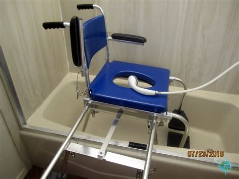 Portable Commode/shower-chair