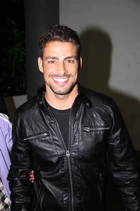 Hot Latino Men This Website Features Uncut Cock