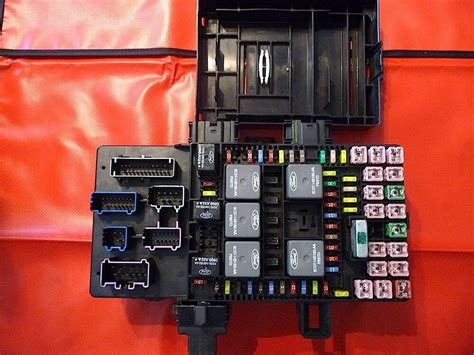06 Expedition Fuse Box by 2003 2006 Expedition Or Navigator Fuse Box Refurbished