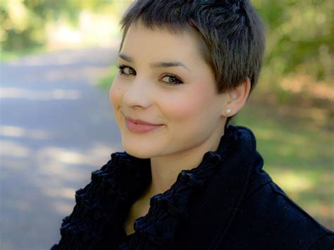 Wonderful Hairstyles Short For Women Round Faces