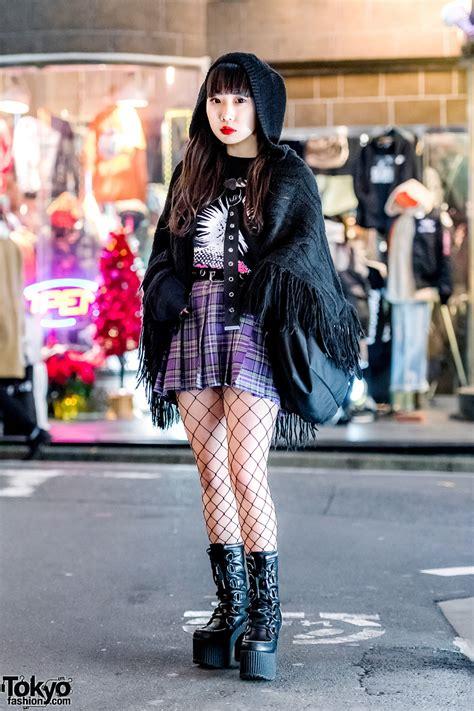 harajuku girl  vintage fringe shawl plaid skirt