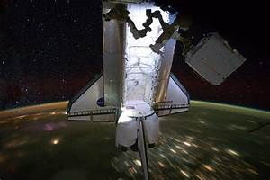 Stunning Images: ISS and Shuttle Fly Over Earth At Night ...