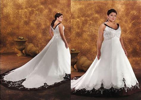 Black-and-white-wedding-dresses-plus-size