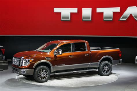 nissan truck diesel 2016 nissan titan xd arrives with diesel v8 power