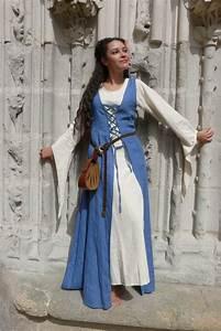 vetement moyen age dessous de robe irin siti With robe moyen age femme