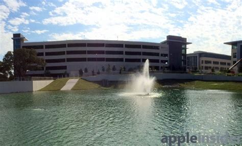 Apple Neubau by Apple S New Operations Cus In Taking
