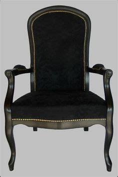 chaise voltaire fauteuil de style voltaire gris et argent meubles et