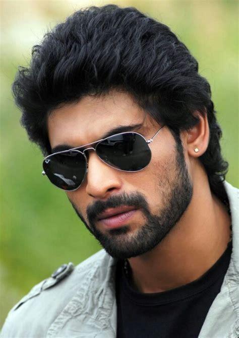 Handsome indian man   Handsome <a href=
