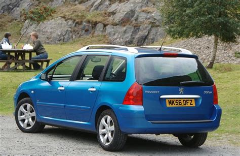 awesome peugeot 307 sw peugeot 307 sw 2002 car review honest