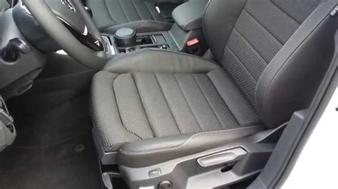 interieur golf 7 carat 28 images 2013 golf vii 7 1 6 tdi bluemotion 105 hp 192 km h 119 mph