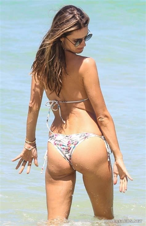 alessandra ambrosio shows off her amazing ass in wet bikini