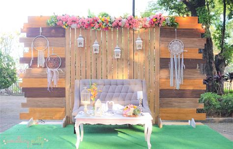 Diy Rustic Backdrop by Rustic Setup Wooden Backdrop Grass Mat Tufted