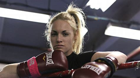 root  rising boxing star heather hardy
