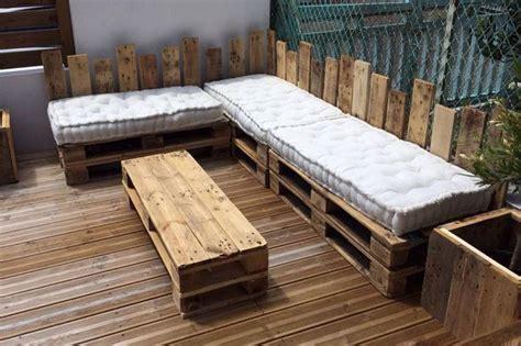 canape exterieur en palette table basse étagère salon de jardin ou canapé les