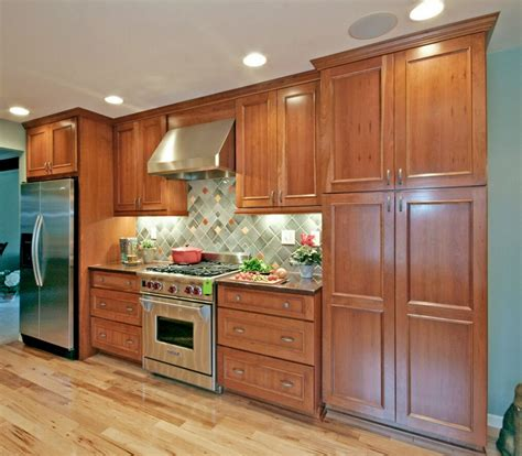 kitchen cabinets milwaukee 2017 solid wood kitchen cabinet traditional distressed 3104