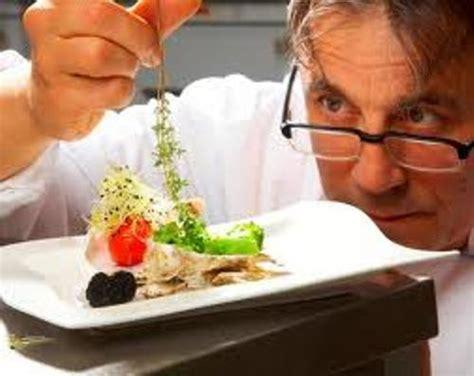 chef de cuisine description 10 chefs facts my facts