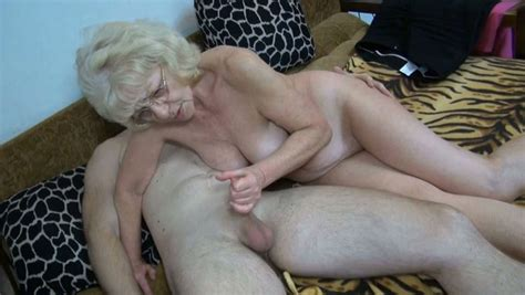 Cum Addicted Granny Gives Her Lover A Nice Blowjob In 69