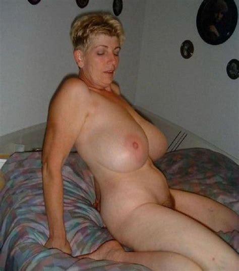 Very Busty Granny Mature Porn Photo