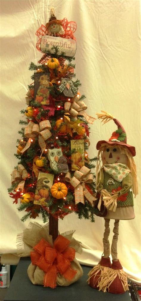 pics of decorated trees fall tree decorated with owls scarecrows and burlap