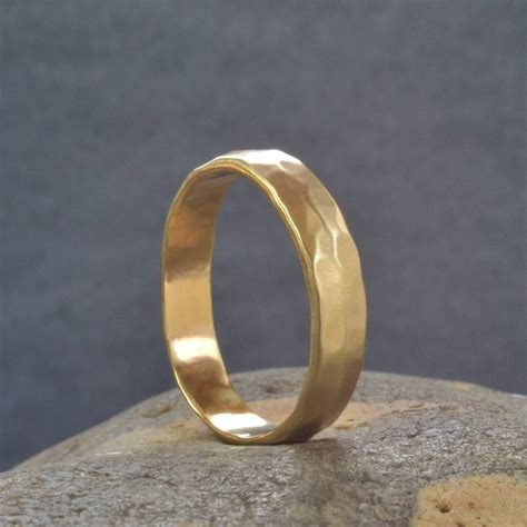 handmade gold hammered wedding ring by muriel lily
