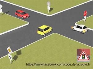 Intersection Code De La Route : ordre de passage des voitures panonceau youtube ~ Medecine-chirurgie-esthetiques.com Avis de Voitures
