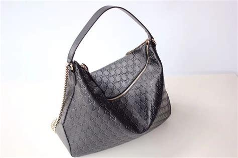 gucci signature large hobo bag  black