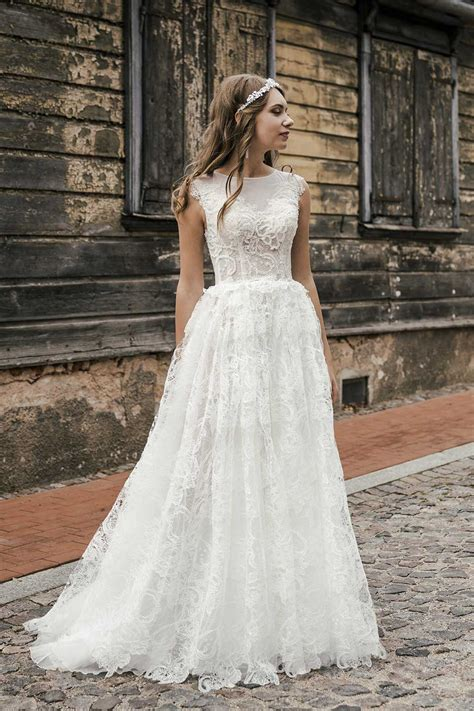 Kāzu kleitas, kas radītas mūsdienīgas līgavas sapņu svinībām