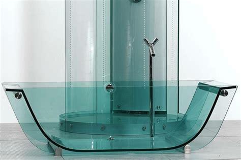 badewanne aus glas design badewanne wer hat die badewanne versteckt