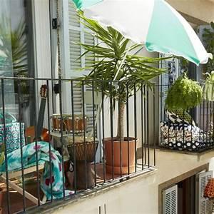 Parasol De Balcon Inclinable : parasol bien le choisir pour mieux se prot ger marie ~ Premium-room.com Idées de Décoration