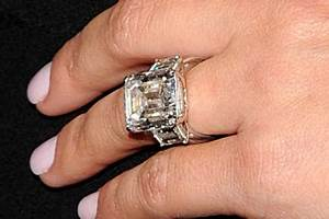 kims second hand bling goes for 749000 bt With kim kardashian wedding ring cost