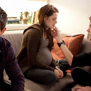 Pregnant Kristen Stewart in Breaking Dawn Part 1 Pictures ...