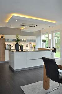 Küche Auf Vinylboden Stellen : die besten 25 beleuchtung k che ideen auf pinterest k che beleuchtung ideen moderne k chen ~ Markanthonyermac.com Haus und Dekorationen