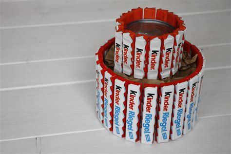 torte selber machen kreatives geburtstagsgeschenk anleitung f 252 r eine kinderriegel torte lavendelblog