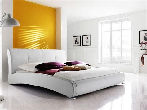 Polsterbett Amadeo Bett 140x200 Cm Weiß Kunstleder