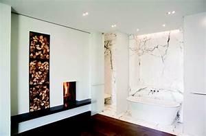 decoration salle de bain la cheminee est une option With salle de bain design avec fausses cheminées décoratives