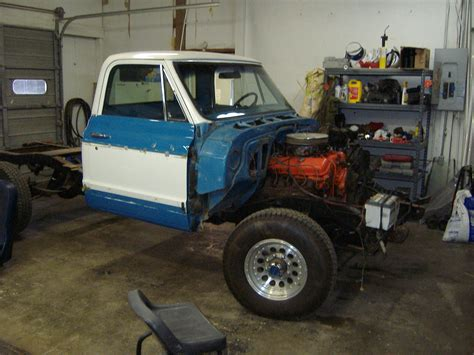 1972 Chevy 34 Ton Disassembly