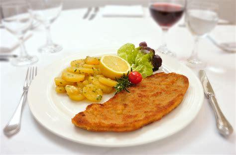 kuchen mit essen im mozart hotel mozart