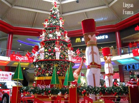 christmas decorations  albrook mall city sidewalk