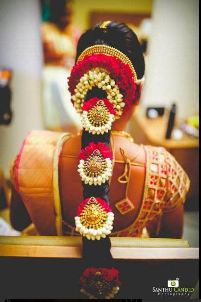 Hairstyles On Saree