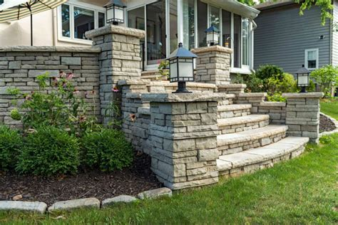 Unilock Georgetown by Wall Block Best Trimmers Landscaping