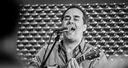 Mick Wilson (10cc) – Tanglewood Guitars USA