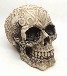 Tribal Celtic Tattoo Skull Skeleton Head Chief Halloween
