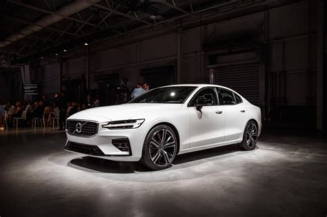 First Look 2019 Volvo S60 Car