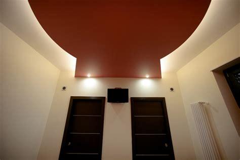 con cabina armadio e bagno foto casa letto con bagno e cabina armadio di