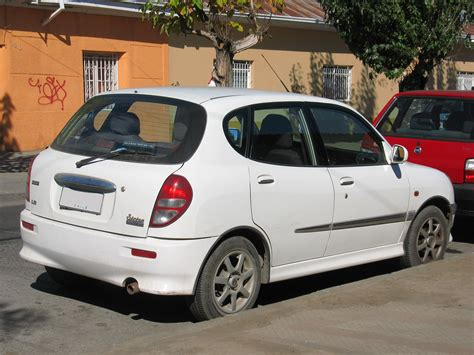 Daihatsu Sirion Photo by 2003 Daihatsu Sirion Photos Informations Articles