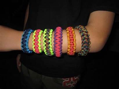 Paracord Worth Children Bracelets Summer Project