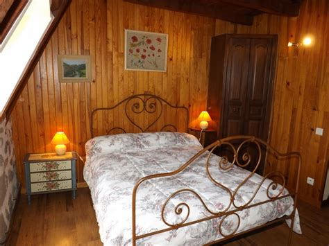 chambre d hotes cantal chambre d 39 hôtes 9020 à giou de mamou chambre d 39 hôtes 8